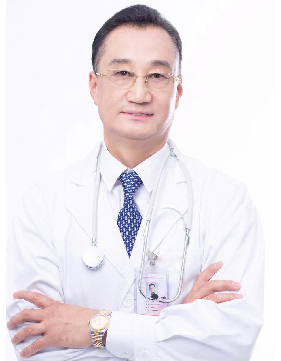 东芳韵美医疗美容门诊部——李荣技术院长